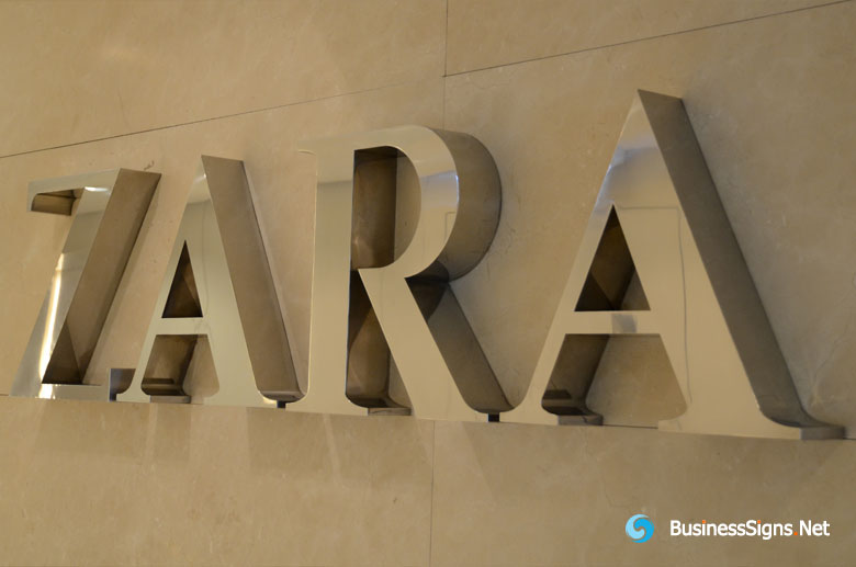 3d-mirror-polished-stianless-steel-signs-for-zara