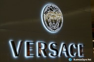 3D LED Backlit Signs With Mirror Polished Stainless Steel Letter Shell & 20mm Thickness Acrylic Back Panel For Versace