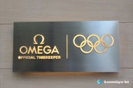 3D Lightbox Signs With Brushed Stainless Steel Backing Box And Whole-lit Acrylic Letters For Omega