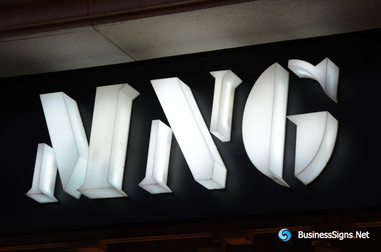 3D LED Whole-lit Signs For Mango