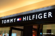 3D LED Front-lit Signs With Mirror Polished Stainless Steel Letter Shell And 10mm Thickness Acrylic Front-panel For Tommy Hilfiger