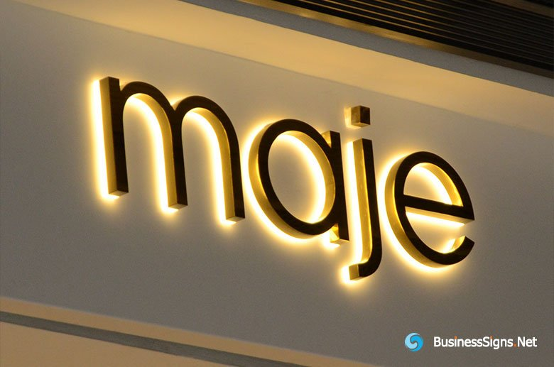 3D LED Backlit Signs With Mirror Polished Gold Plated Letter Shell and 20mm Thickness Acrylic Back Panel For Maje