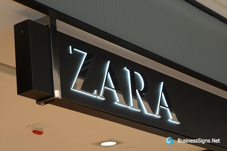 LED Front-lit Lightbox Signs With Raised Side-lit Letters On Surface For ZARA