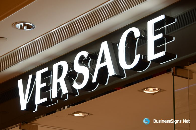 3D LED Front-lit Signs With Mirror Polished Stainless Steel Letter Shell And 10mm Thickness Acrylic Front-panel For Versace