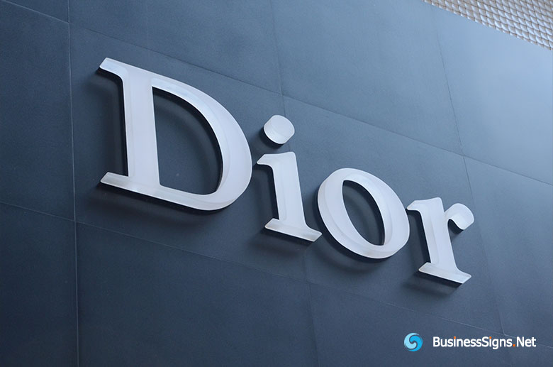 3D LED Front-lit Signs With Painted Stainless Steel Letter Shell And 20mm Thickness Acrylic Front-panel For Dior