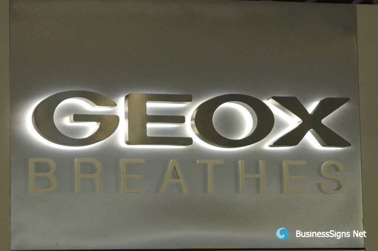 3D LED Backlit Signs With Brushed Stainless Steel Letter Shell For Geox
