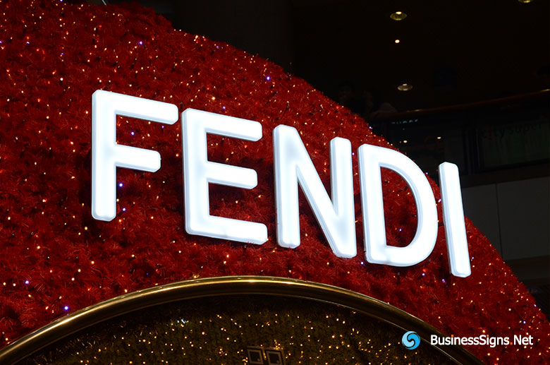 3D LED Front-lit Signs With Brushed Stainless Steel Letter Shell And Visible Thickness Acrylic Front-panel For Fendi