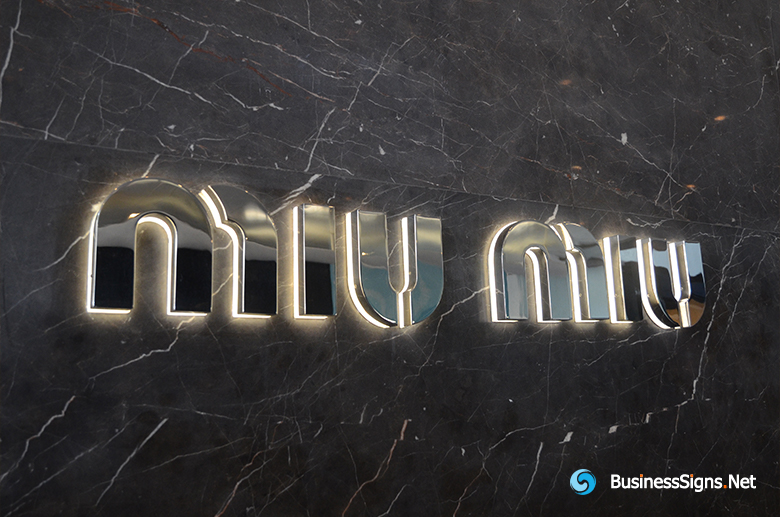 3D LED Backlit Signs With Mirror Polished Stainless Steel Letter Shell And Visible Thickness Acrylic Back Panel For Miu Miu