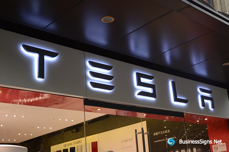 3D LED Backlit Signs With Powder Coated Stainless Steel Letter Shell For Tesla