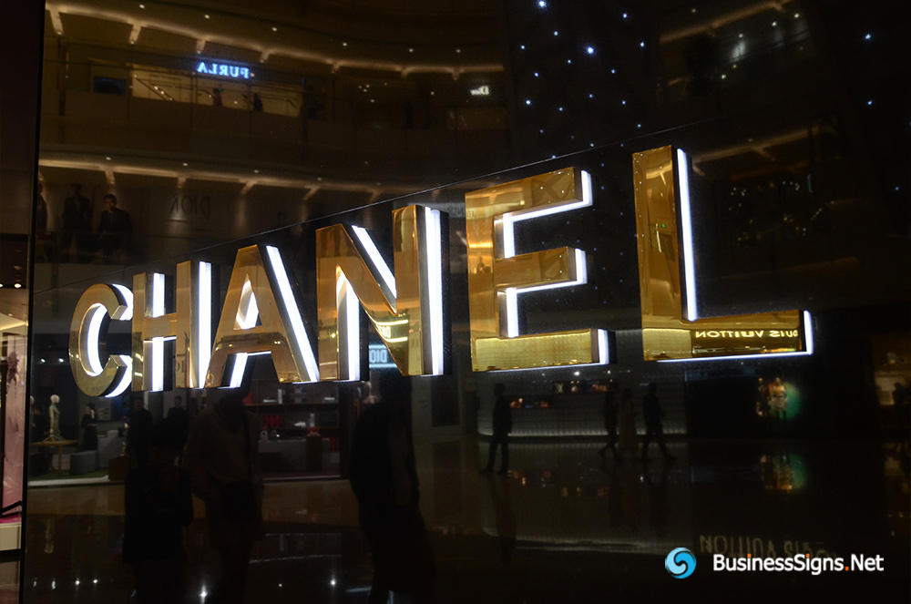 3D LED Back-lit Signs With Gold Plated Mirror Polished Stainless Steel Letter Shell And Visible Thickness Acrylic Back Panel For Chanel
