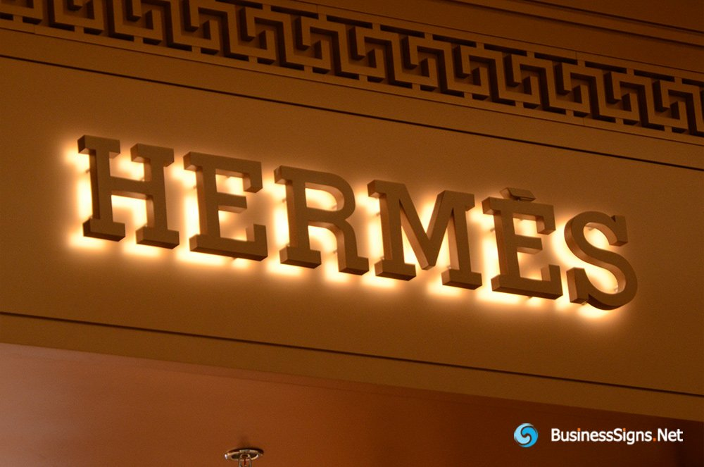 3D LED Backlit Signs With Powder Coated Stainless Steel Letter Shell For Hermès