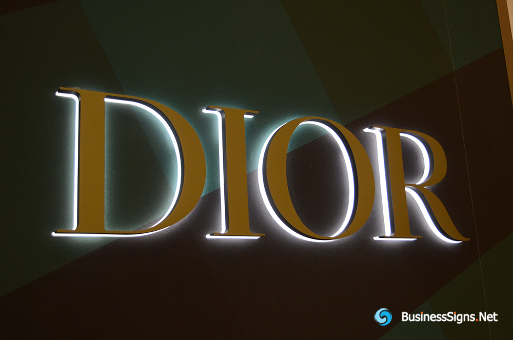 3D LED Backlit Signs With Mirror Polished Stainless Steel Letter Shell And Visible Thickness Acrylic Back Panel For Dior