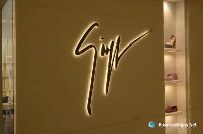 3D LED Back-lit Signs With Powder Coated Stainless Steel Letter Shell And Visible Thickness Acrylic Back Panel For Giuseppe Zanotti