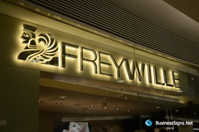 3D LED Backlit Signs With Mirror Polished Stainless Steel Letter Shell And Visible Thickness Acrylic Back Panel For Frey Wille